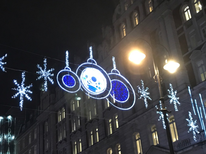 ChristmasInLondon-MorningSunshinePicture